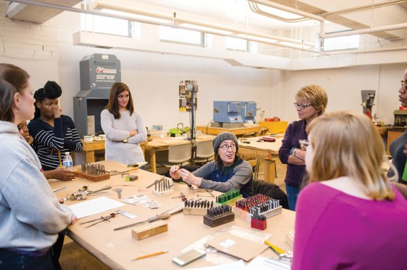 Contemporary Craft craft class