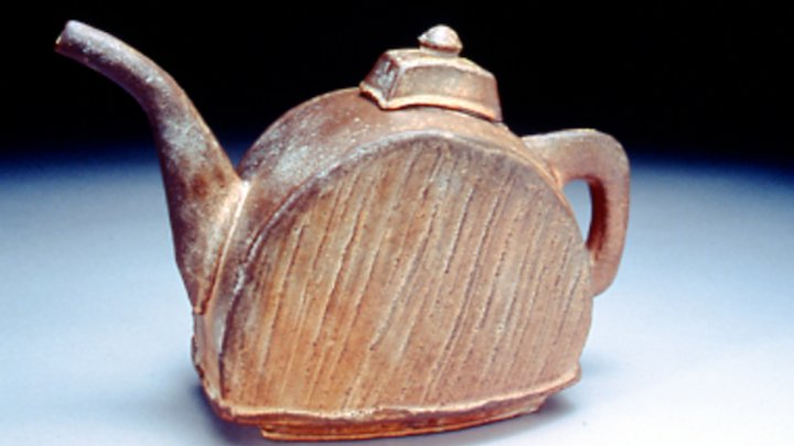 Ceramic Teapot (1989) by Randy Johnston