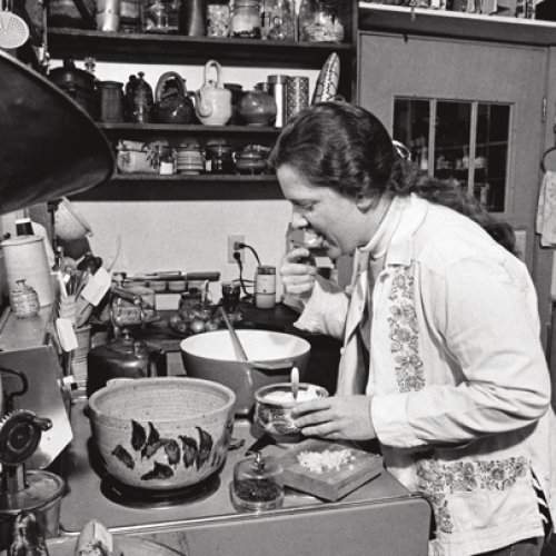 Cynthia Bringle in her kitchen in 1977